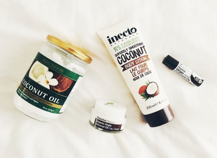 My favorite coconut beauty products: 1) Virgin cold pressed coconut oil 2) Dr. Organic, coconut oil facial day cream 3) Inecto, coconut oil body lotion 4) Dr Organic, coconut oil lip balm